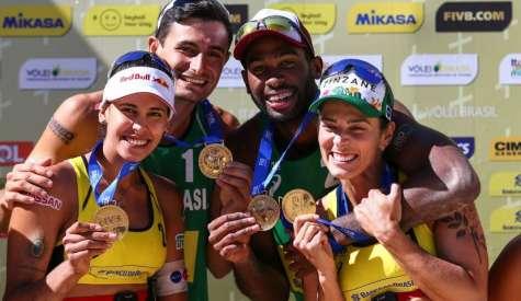 Duplas brasileiras são campeãs em Itapema-SC